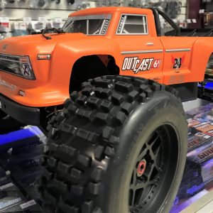 ARRMA 2018 1/8 Scale Outcast Truck 6S BLX Orange